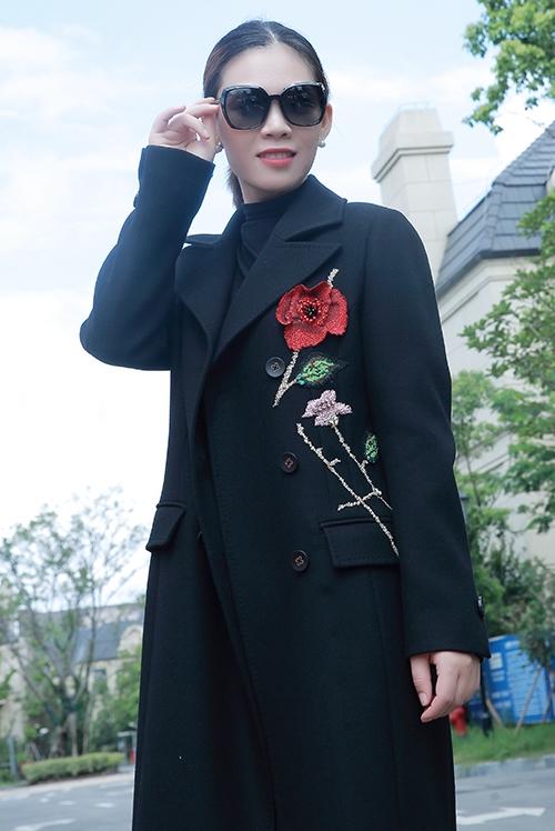 女性定制礼服